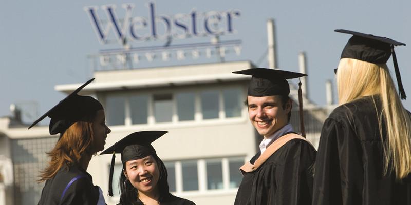 Graduates_1190kb.jpg